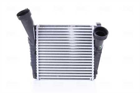 NRF Ladeluftkühler LLK Intercooler Kühler Ladeluft für Fahrzeuge mit Klimaanlage